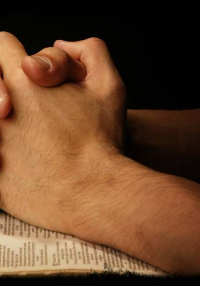 praying-hands-on-scripture-1024x576